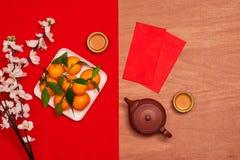 Gastos indirectos del fondo festivo chino del Año Nuevo de las decoraciones superiores Fotos de archivo