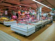 Gastronomieafdeling, kazen en fijne vleeswaren Royalty-vrije Stock Afbeelding