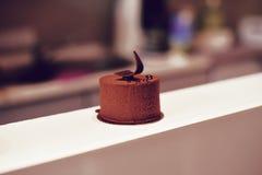 Gastronomisch chocoladedessert in een restaurant, koffie Het koken, een boek van desserts, snoepjes royalty-vrije stock foto's