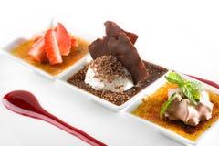 Gastronomisch dessert stock afbeeldingen