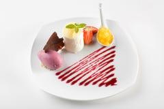 Gastronomisch dessert royalty-vrije stock afbeelding