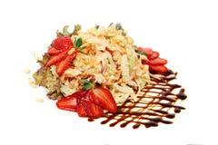 Gastronomisch voedsel Gezonde Salade met Groente, Noten, Bessen Stock Foto's