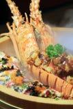 Gastronomisch zeekreeftdiner bij het restaurant stock afbeeldingen