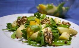 Gastronomische aspergesalade Stock Afbeeldingen