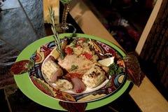 Gastronomische Zwaardvissen en geroosterd vegies stock afbeelding