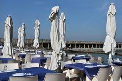 Gaststätte auf einem Pier Lizenzfreie Stockfotos