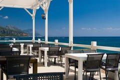 Gaststätte an der Seeküste stockfoto