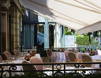 Gaststätte-Terrasse Stockfoto