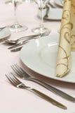 Gaststättetabelleneinstellung Stockfotos
