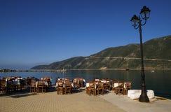 Gaststätte nahe dem Meer Stockfoto