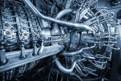 Gasturbinmotor av matningsgaskompressorn som lokaliseras inom tryckbilaga, gasturbinmotorn som används i frånlands- olja och arkivbild
