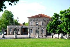 Gat Boario van het eiland Memmia in Prato-della Valle in Padua in Veneto wordt gezien (Italië dat) Stock Foto's