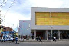 Gata av bilQhana Pata för El Alto La Paz och kabelstation Arkivbild