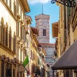 Gata av Florence, Tuscany, Italien Arkivfoton