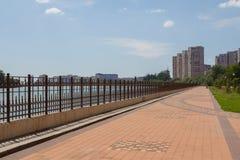 Gata av staden av Krasnodar i Ryssland Fotografering för Bildbyråer