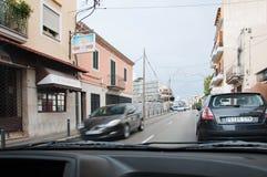 Gata Avenida Joan Miro för El Terreno med trafik Royaltyfri Bild
