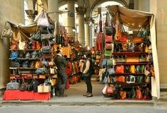 gata för florence italy lädermarknad Royaltyfri Bild