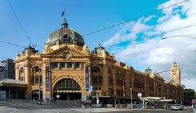 gata för Australien flindersmelbourne station Arkivfoto