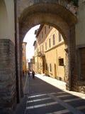 Gata i Assisi arkivfoto