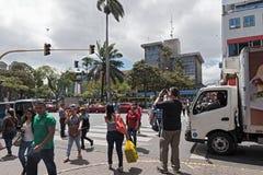 Gata i centret av San Jose huvudstaden av Costa Rica arkivfoton