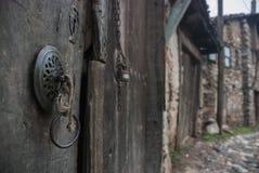 Gata i den Cumalikizik byn arkivbilder