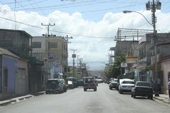 Gata i den Cumana staden royaltyfri foto
