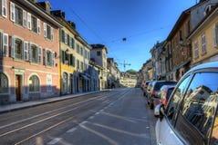 Gata i den gamla Carouge staden, Genève, Schweiz arkivfoto