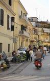 Gata i den Korfu staden Grekland Arkivbild
