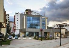 Gata i den Pogradec staden albacoren arkivfoto