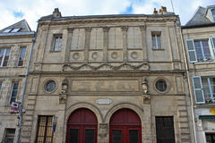 Gata i Laon, Frankrike royaltyfria bilder