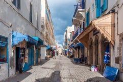 Gata i medinaen av Essaouira Royaltyfri Bild