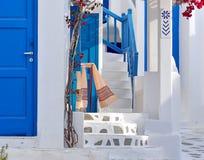 Gata i Mykonos, Grekland royaltyfri bild