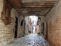 Gata i Rovinj, Kroatien Fotografering för Bildbyråer