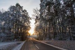 Gata i vinter arkivbild
