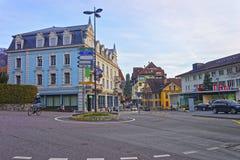Gata med karusellen i den gamla staden av Thun Royaltyfri Fotografi