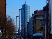Gata och byggnad i Zagreb Arkivbild