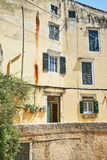 Gata på Korfu, Grekland Arkivbild
