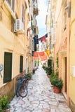 Gata på Korfu, Grekland Royaltyfria Bilder