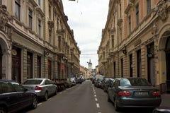 Gata som skjutas i Cluj, Rumänien fotografering för bildbyråer