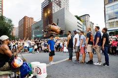 Gatadansare på Union Square i Manhattan Arkivfoton