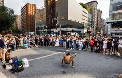 Gatadansare på Union Square i Manhattan Royaltyfri Foto