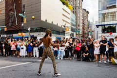Gatadansare på Union Square i Manhattan Royaltyfria Foton