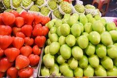 Gatafruktstall i asia Fotografering för Bildbyråer