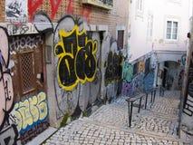 Gatagrafitti - Lissabon Arkivbild