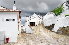 Gataingång i Marvao Arkivfoto