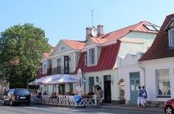 Gatakafé i Estland Royaltyfri Foto
