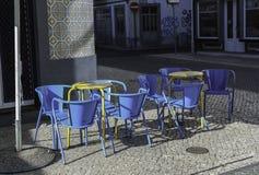 Gatakafé i Portugal Royaltyfri Fotografi
