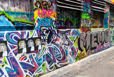 Gatakonst - hosieren Lane Melbourne - Australien Arkivbilder