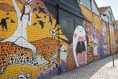 Gatakonst i Lissabon Portugal Arkivfoto