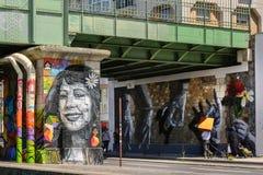 Gatakonst Parisien Royaltyfri Foto